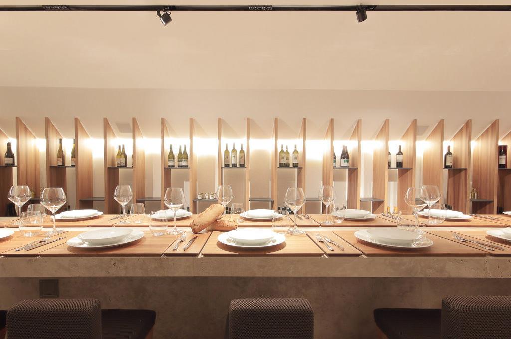 Monna Isa tavolo 2